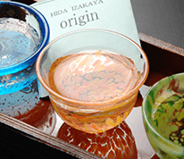 飛騨高山の地酒はもちろん、様々な地酒を楽しめます!! もちろん料理にも相性バツグンですよ!